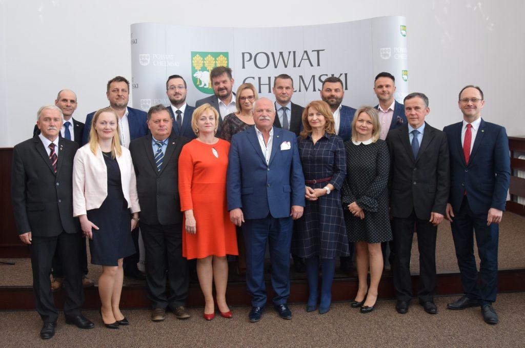 Fotografia Radnych Rady Powiatu kadencja 2018-2023